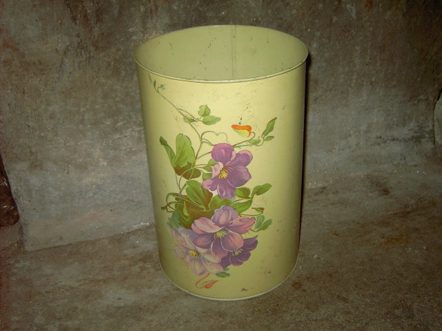 PURPLE FLOWER TRASH CAN 1950'S ERA CANNISTER TUB