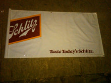 SCHLITZ BEER ADVERTISING BANNER PLASTIC SIGN DORM ROOM WALL DECORATION