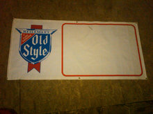 HEILEMANS OLD STYLE BEER PROMOTIONAL BANNER PLASTIC SIGN DORM ROOM WALL DECORATION