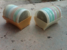 TUPPERWARE DRINK COASTER SET RETRO PASTEL PLASTIC TABLE BAR ACCESSORY