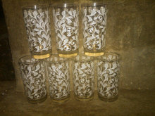 WHITE LILLY FLORAL FLOWER TUMBLER GLASS RETRO KITCHEN BAR BEVERAGE SERVING UTENSIL