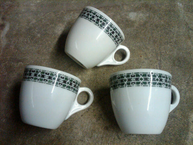 HEAVY RESTAURANT CHINA DEMITASSE CUP SMALL COFFEE MUG ALBERT PICK GREEN MILL BLACK KNIGHT CHICAGO ILLINOIS GERMANY STAMP MARK