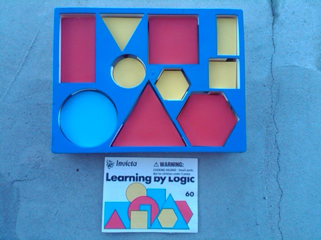 INVICTA LEARNING BY LOGIC COLORED BLOCK CHILDRENS GAME TEACHING PASTIME OADBY LEICESTER ENGLAND MADE EDUCATIONAL PRODUCT