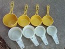 TUPPERWARE MEASURING CUP SET RETRO DRY INGREDIENT SCOOP KITCHEN UTENSIL TOOL