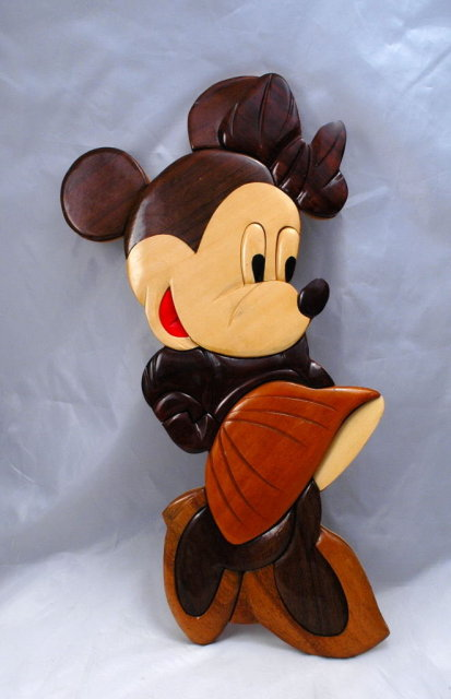 Mini Mouse Wood Wall Plaque, Hand Crafted,  Disney collectible