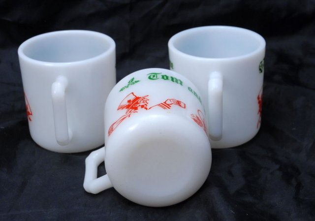 3 Vintage Tom and Jerry  Anchor Hocking Christmas Mugs