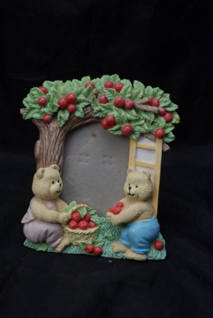 Cute Hand Painted  Sculptured  Bear and Apple Tree Picture Frame