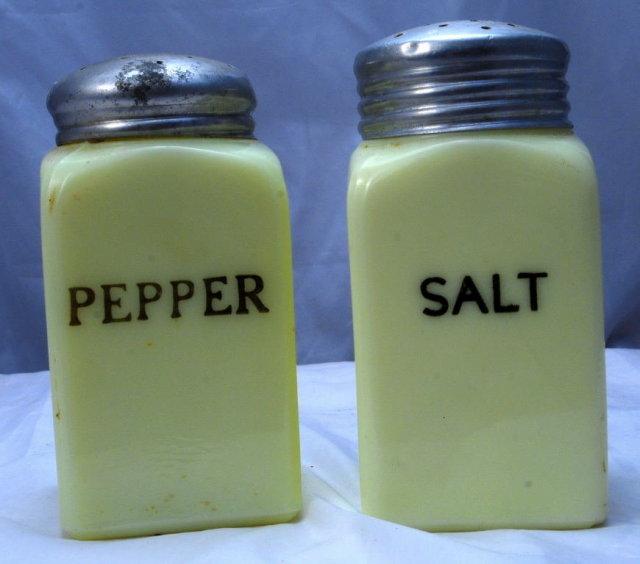 Custard Glass Range Top Salt & Pepper Shakers