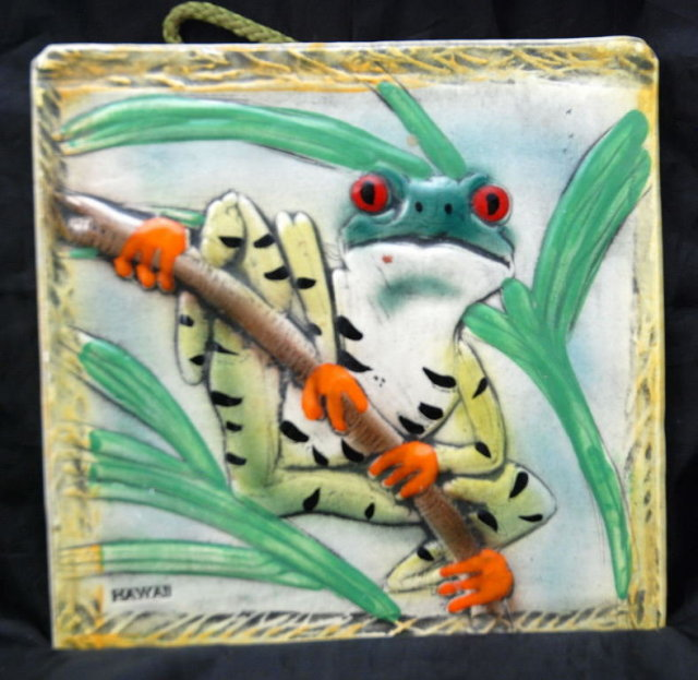 Hand Made in Kona Hawaii  Porclain Frog Tile Trivet '