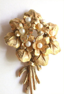 Boucher Violets Flower Bouquet Pin with Pearls