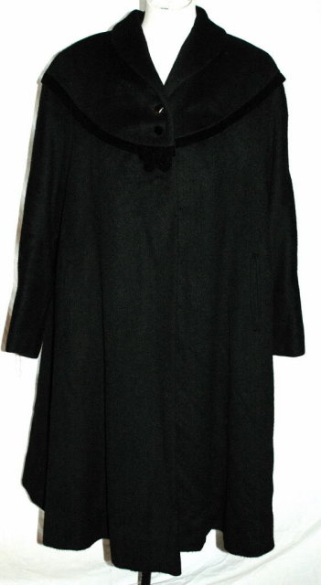 Vintage Freiss by Reiter Couture Black  Swing Coat with Velvet Trim Yoke