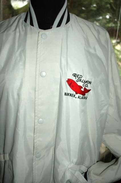 Red Salmon Co. Nakneck, Alaska Logo Windbreaker Jacket Men's size large