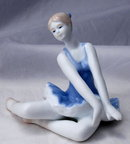 LOVELY BALLERINA FIGURINE KALIQUE 2000 FINE PORCELAIN