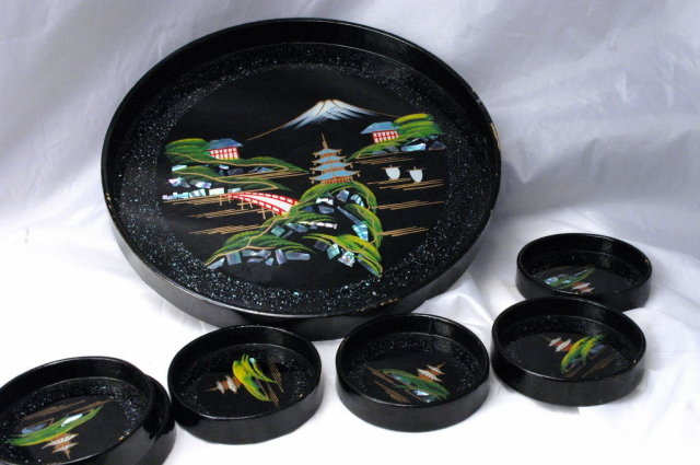 Japanese Black Lacquer-ware Wood  Tray with Matching Coaters / Abalone Shell / Mount Fuji Scene