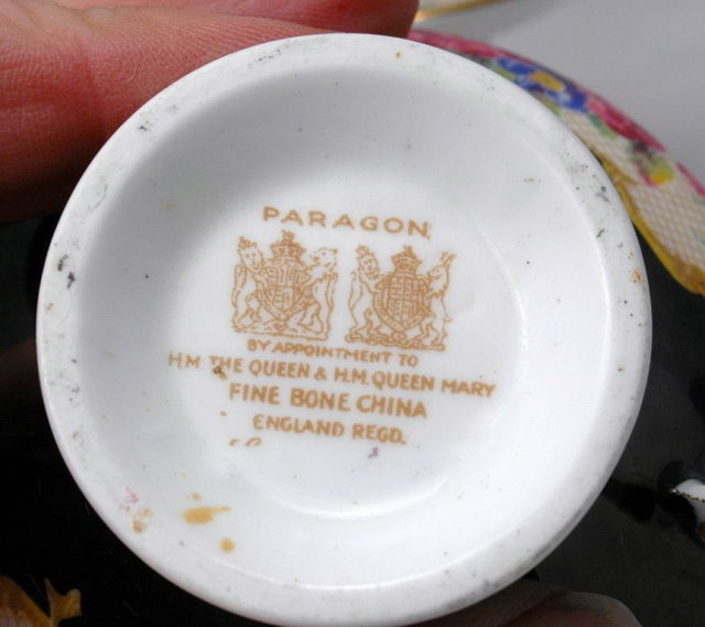 Paragon by Appointment to H.M. The Queen & H.M. Queen Mary Fine Bone China Tea Cup, Saucer  Black with Lattice Roses