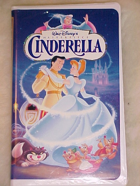 Walt Disney's  Cinderella Masterpiece Edition FREE SHIPPING WITHIN THE USA