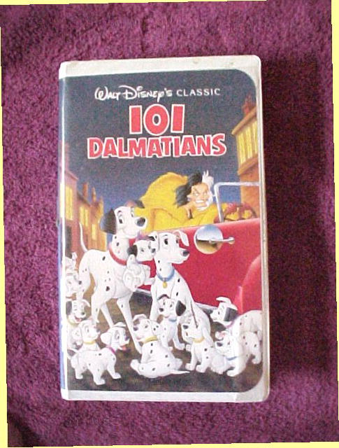 Walt Disney's  Classic 101 Dalmatians Video  FREE SHIPPING WITHIN THE USA