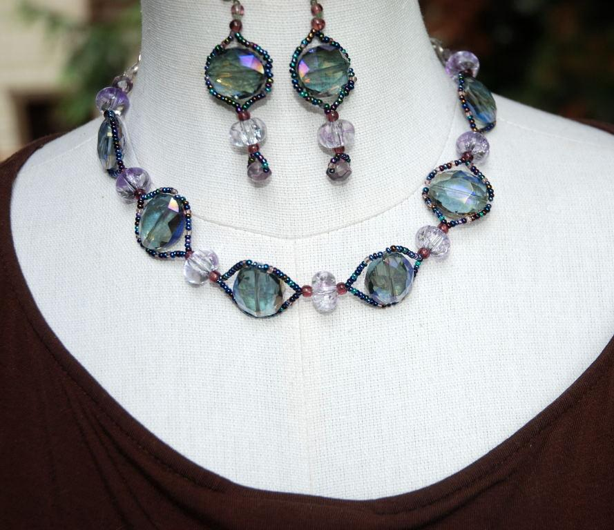 Iridescent AB Parure Color  Change Chunky Beaded Set  Earrings, choker, bracelet   PRICE REDUCED!!