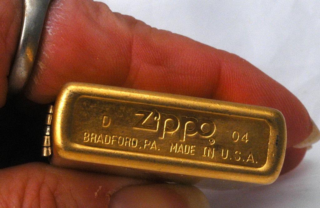 Vitnage Brass Zippo Lighter