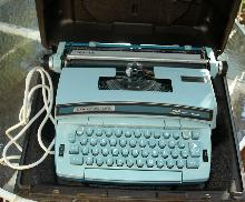 Vintage  Electric Typewriter, Smith Corona Coronet Super 12