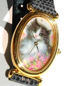 Lovely  Cat  & Flowers Watch WR -Avon