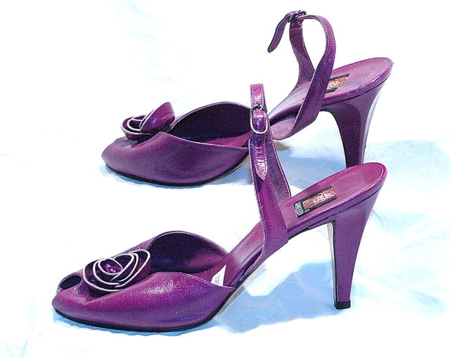 Purple Leather Rose  Anne Klein Pumps slingback *PRICE REDUCTION!*