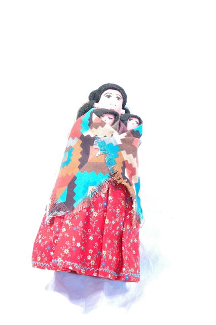 T. Nez Navajo Coth Doll Mamma with Children