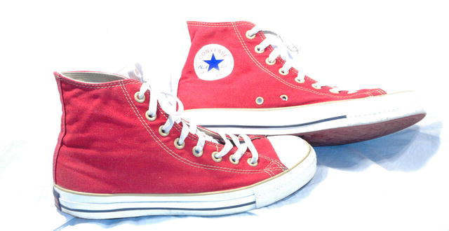 Barn Red Converse Chuck Taylor High Top sz 8