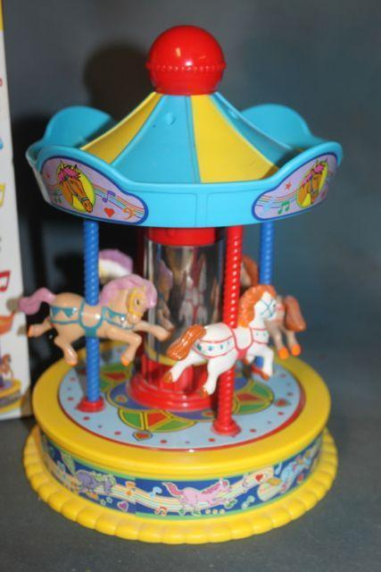Child's Toy Musical Carousel Wind up Toy  / FREE SHIPPING