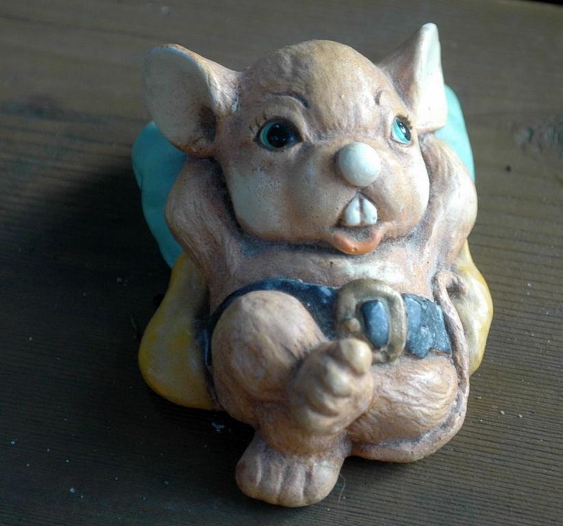 Moorcraft Tinker Ware Freddie  Ceramic Mouse Figure, England