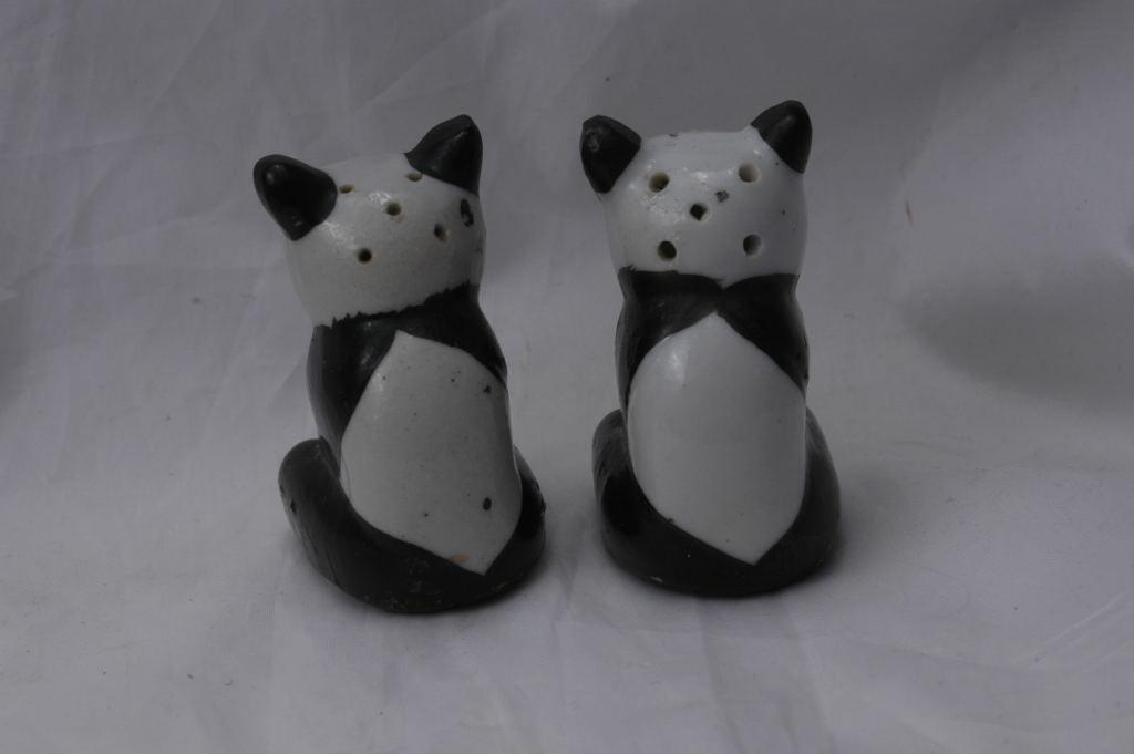 Old Panda Bear Salt Pepper Shakers, Japan , Hand painted  FREE SHIPPING
