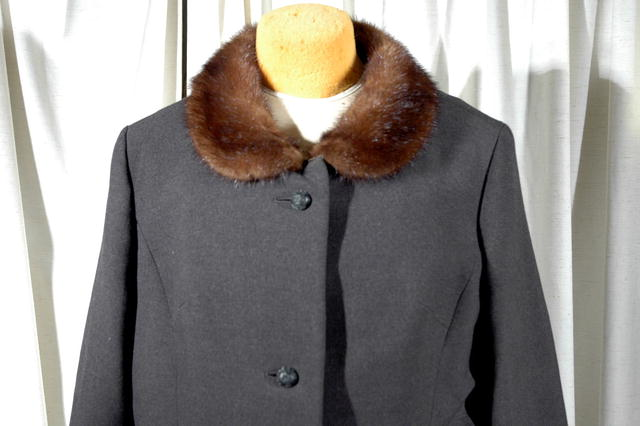 Wool with Mink collar Jacket nurkostüme Reine Schur-Wolfe  *PRICE REDUCTION!*