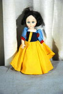 Snow White  DOLL COLLECTIBLE fairy tale series Kehagias Canada