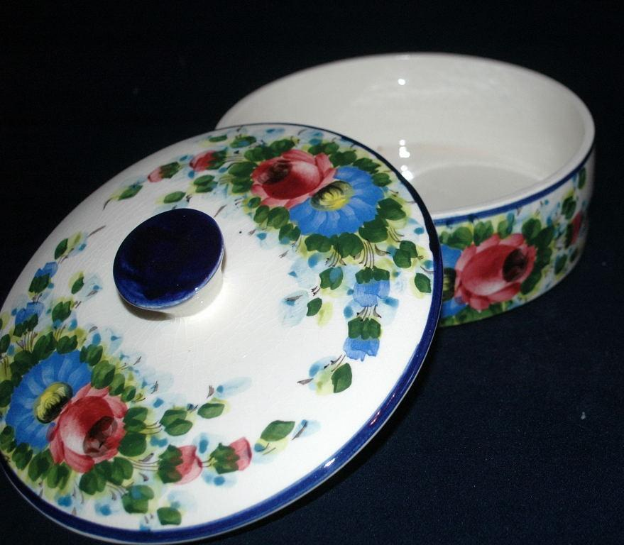 Pintado A Mano Mexico Pottery Tortilla Keeper with Lid