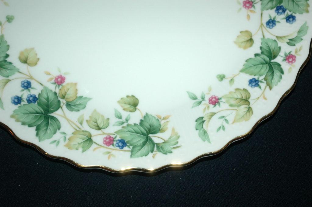 Andrea by Sadek Porcelain Cake Plate with Matching Server Vineyard Pattern    FREE SHIPPING