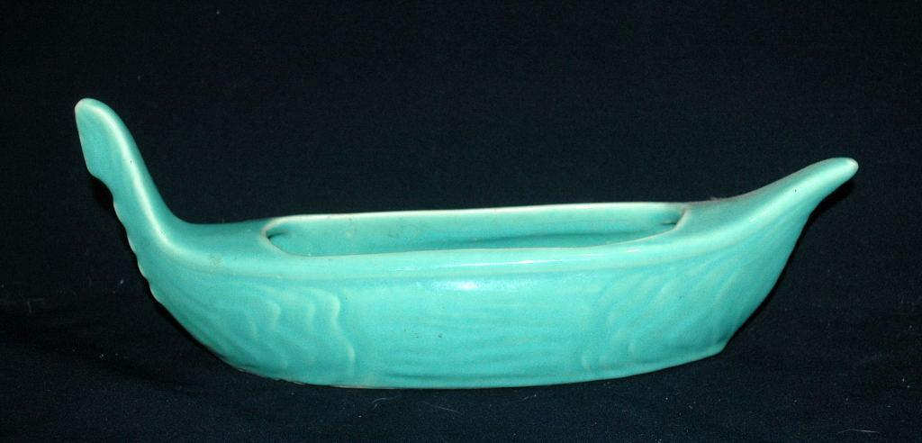 Vintage USA Gondola  Pottery Planter