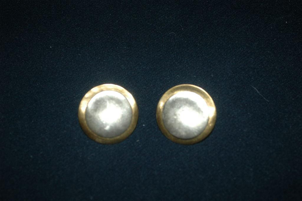 Vintage Marjorie Baer Earrings MBSF Modernist Hammered Mixed Metals Clip on Earrings.   FREE SHIPPING!