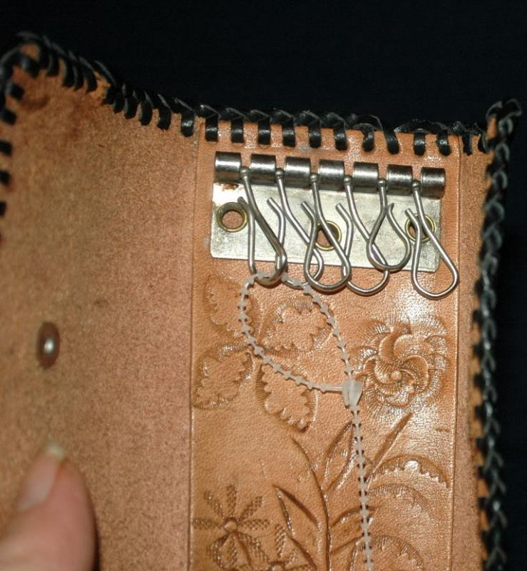 Hand Tooled Leather Bi-Fold  Key  Ring Holder   Free Shipping