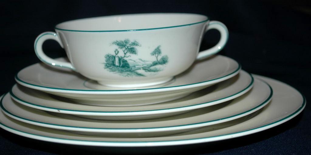 Furstenberg Brunswick Germany Porcelain 6 pc  Cream Soup Bowl  and Plates