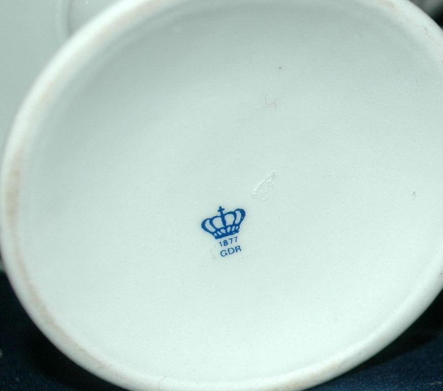 Porcelain Forget-me-not flowers  Reticulated Compote  German Democratic Republic  ( Bon Bon  )