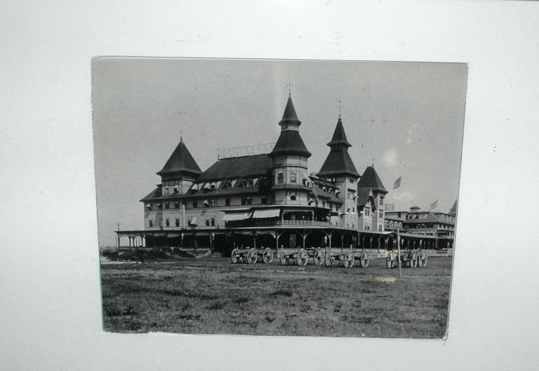 Antique Black White Photograph of Old Hotel   1899