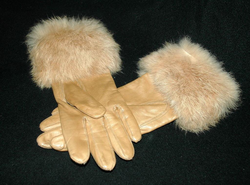 Ladies Leather Rabbit Fur Trimmed Gloves  small    Free Shipping