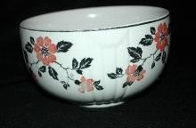 Hall's Superior Quality Kitchenware RED POPPY NESTING BOWL