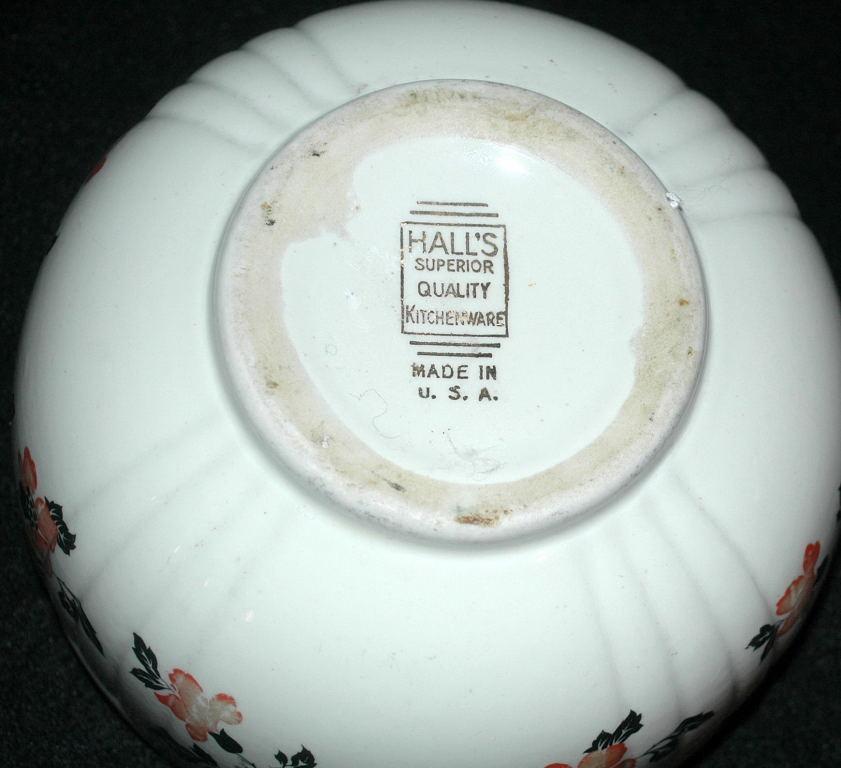Hall's Superior Quality Kitchenware RED POPPY NESTING BOWL
