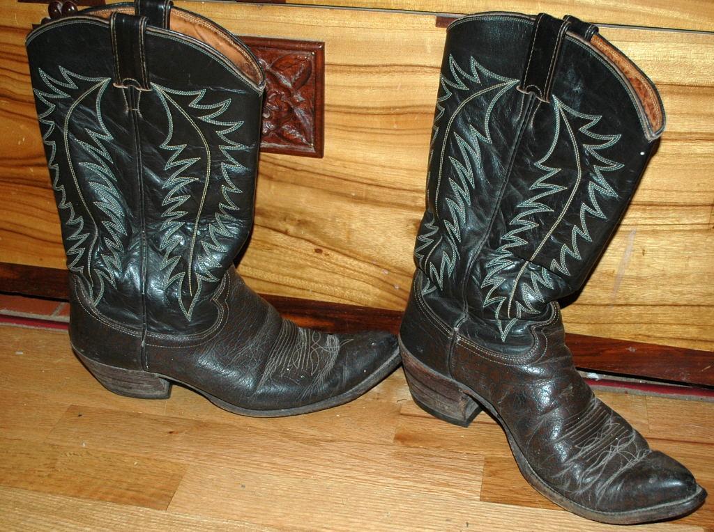 Justin  Brown Dark  Brown  stitched Cowboy Boots  10D mens