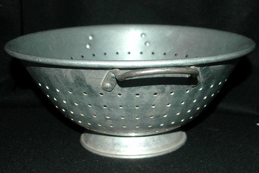 Vintage Aluminum Wear-Ever Colander Strainer Footed  with Handles