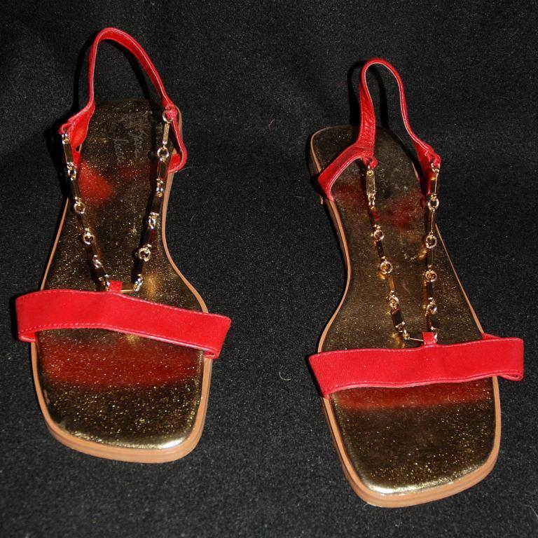 Red Leather Gold Chain Flat Sandal by Susan Lucci size 8.5.