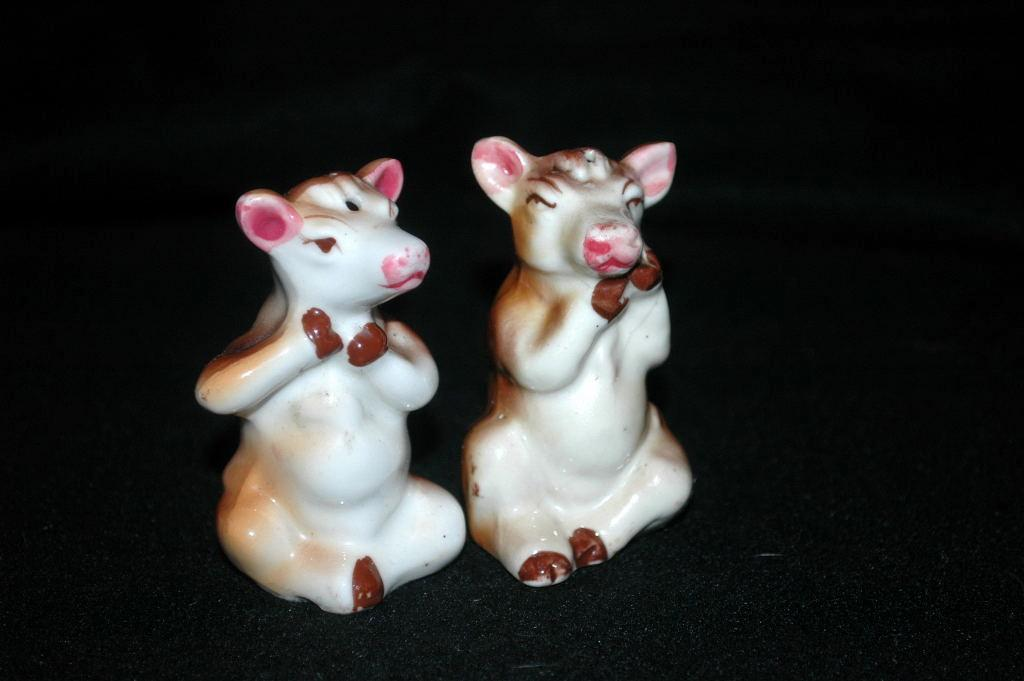 Cow Salt Pepper Shakers Vintage Japan