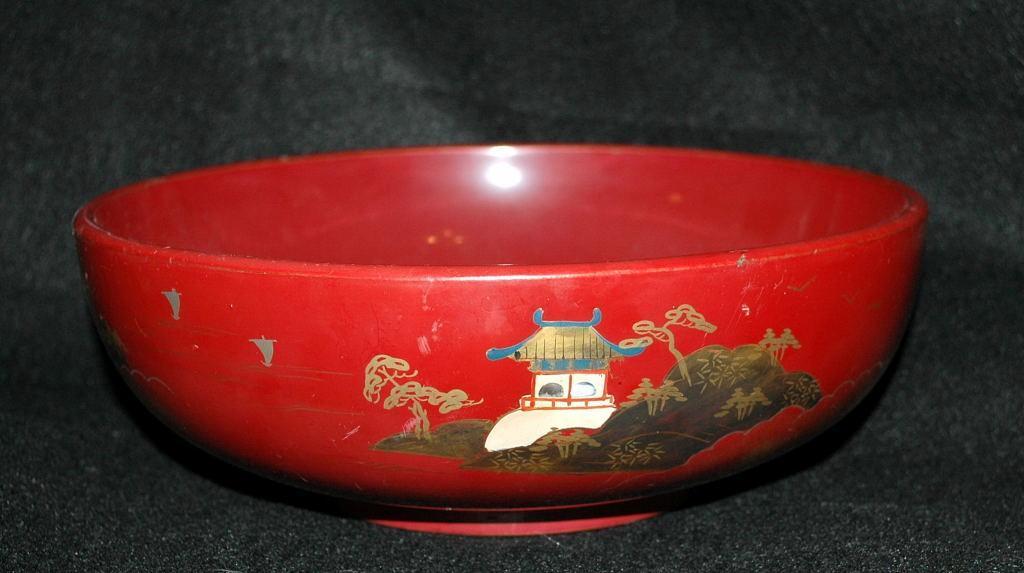 Vintage  Lacquered Wood Serving Bowl,  Cinnamon Red with Gold Paint, Marked NY made in Japan.