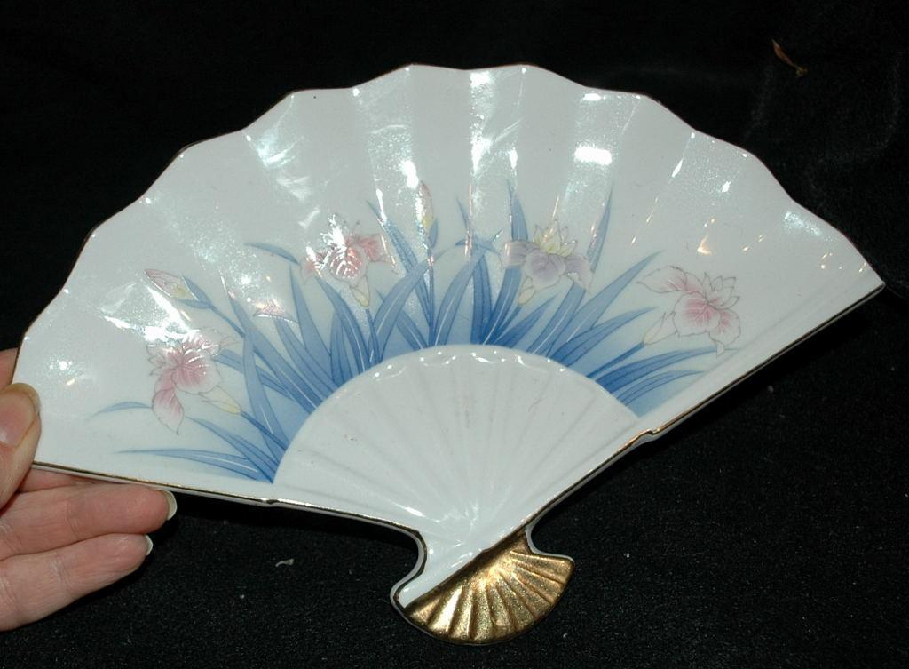 Japanese Porcelain Fan Dish   Stamped and  with Foil Label OMC, Japan